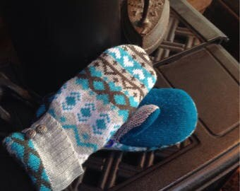 Sweater  mittens , ladies small