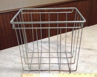 Vintage Wire Basket, Metal Basket, Rustic Storage Basket, Farmhouse,  Industrial, Cottage