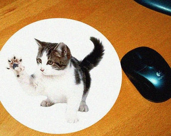 Cat model 9 mouse pad