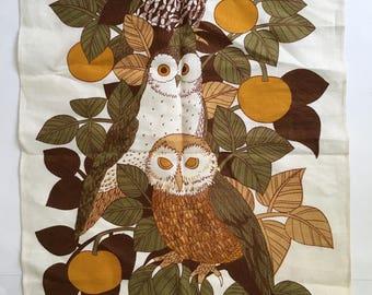 Vintage English Linen Tea Towel / MCM Three Owls Bird Sanctuary Linen Towel / Mid Century Wall Hanging