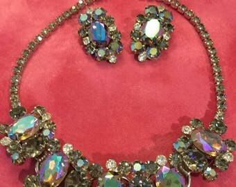 D&E JULIANA VITRIAL AB and Smoky Grey Necklace and Earrings
