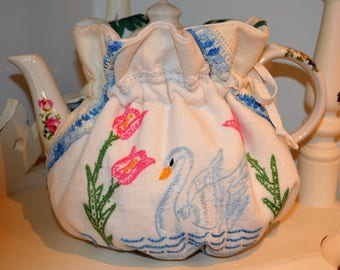 STANDARD SIZED 6 cup sized Tea Cozy with vintage swan embroidery
