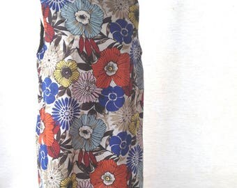 Loose-fitting tunic, cotton floral pattern. Single model (size M)
