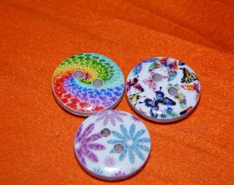 small colourful round buttons