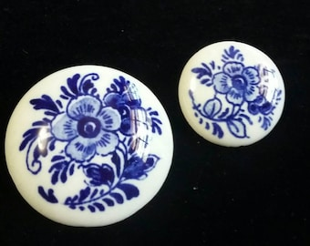 Ceramic blue flower scatter pins