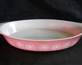 Pyrex Pink Daisy 1.5 quart casserole