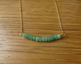 Necklace gemstone green chrysoprase beads