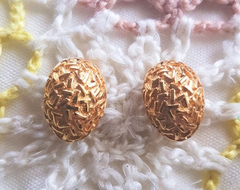 Vintage 1980s Chunky Gold Tone Clip on Earrings