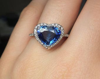 Lovely heart shaped sapphire and diamond ring.GIA certified