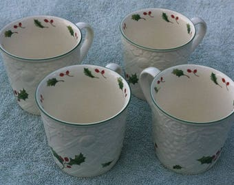 Mikasa English Countryside DP006 Season's Holly coffee mugs (4)