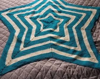 "Beautiful star pattern baby blanket 48""x40"""
