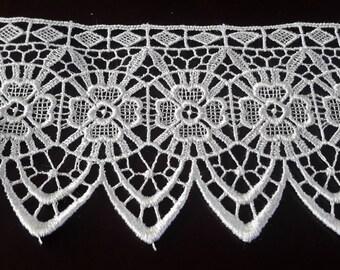 Vintage Lace Trim White sewing trim, craft trim, wedding bridal lace trim