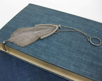 Art Deco Flapper 1930's Mesh/Chain Maile Coin Purse With Ring // Sterling!