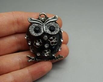 Black enamel OWL charm pendant bronze 3D (S49)