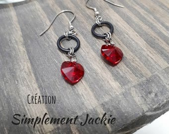 Simple and delicate earring with red heart