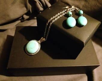 Vintage Necklace & Earrings Set - Simulated Turquoise