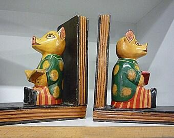 Piggy Wooden Bookends