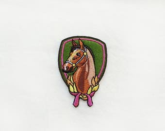 1x HORSE head patch -  Iron On  embroidered Applique - passion riding brown green pink yellow