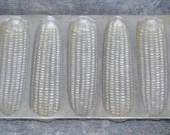 1940's Silver Cast Iron Metal Corn Bread Muffin Mold Pan 7 Ears Baking Country Kitchen Decor