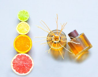 Organic Reed diffuser - Citrus Bay - 200ml - Home Fragrance - Room Scent - Natural Essential Oils - UK Handmade - Twoodle Co