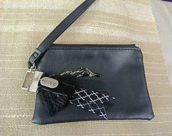 Black tassel coin purse clutch