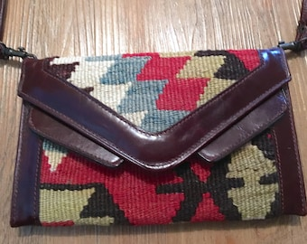Wonderful Western Blanket Wallet/Purse with Detachable Strap