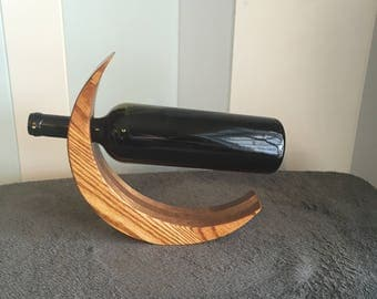 Creasant wine bottle holder