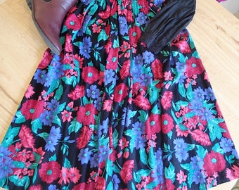Briggs Petites floral skirt