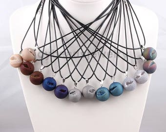 20mm Natural Druzy Agate Necklace Smile Stone Point Chakra Healing Gemstone Necklace With Leather