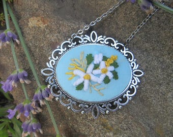 Long chain a pendant Daisy necklace Daisies jewelry Hand embroidered pendant Blue flower pendant Fabric flower necklace Birthday gift to mom
