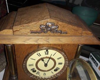 Antique Tiger Oak Mantle Clock