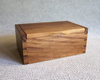 Handcrafted Wood Box. Solid English Brown Oak Lidded Box with Hand Cut Dovetails for your Treasures