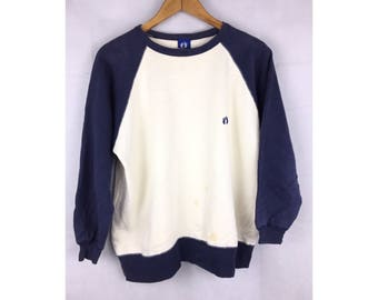 HANG TEN Long Sleeve Sweatshirt Pull Over with Small Embroiled Logo at chest Medium Size Sweatshirt