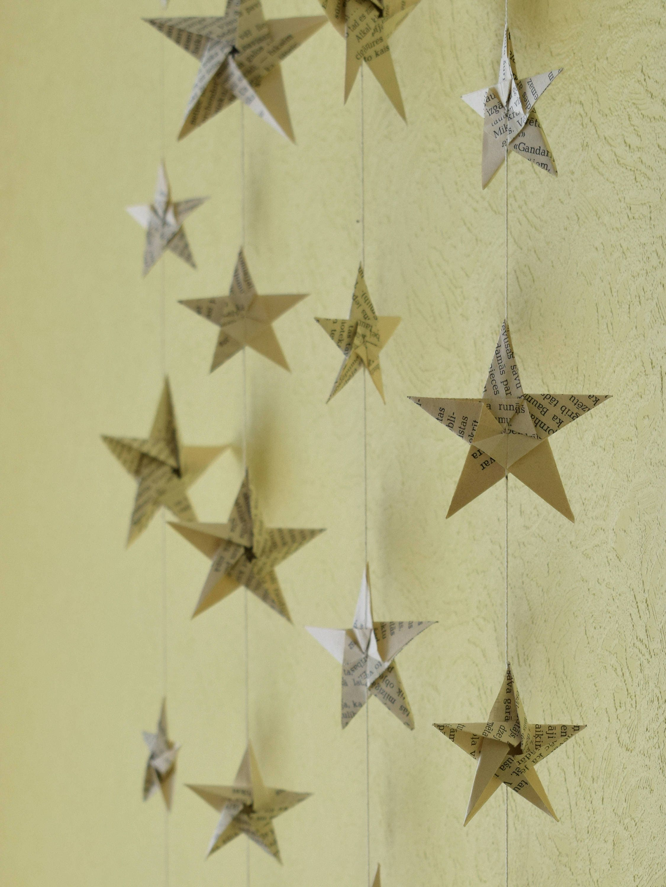 Christmas Garland Hanging Origami Stars Backdrop Party Decorations Recycled Book Paper 7 Vertical Garlands