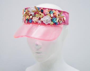 Femail cap visor