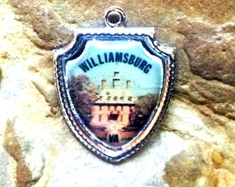 Vintage Williamsburg, VA Charm - Sterling Silver with Enamel