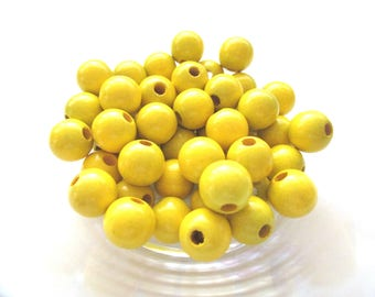 25 pacifier 12mm - yellow wooden beads