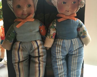 A Pair of Antiques Cloth Dolls