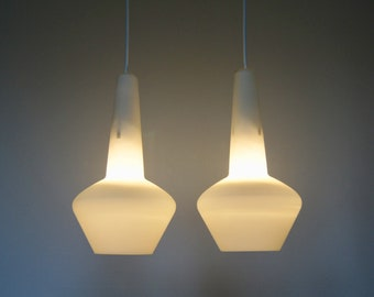 1960's pair of scandinavian style pendant lamps / suspensions style scandinave