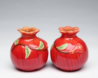 Pomegranate Salt and Pepper Shaker Set