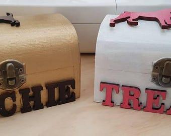 PERSONALISED PET treat box
