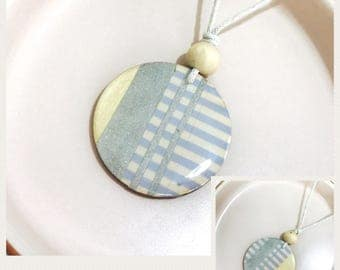 Handmade reversible two sided resin wood 50mm circle pendant necklace bead waxed cotton extremely lightweight boho simple women
