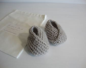 baby booties baby 0-3 months Brown glossy - knitted-birth gift