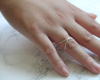 Silver Criss Cross Ring | Silver X Ring | Reversible Ring | Dainty Wire Ring