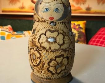 Vintage Raw-Wood Russian Nesting Dolls