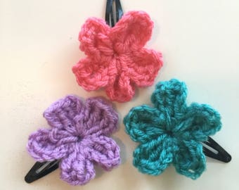 Crochet Bobby Pin, Crochet Clip with flower, bow or heart, crochet hair clip, hair clip flower, hair clip bow, hair clip heart