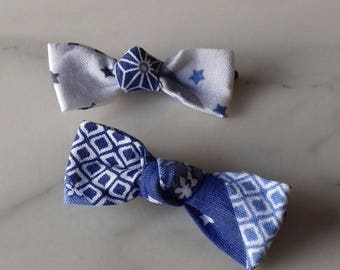 Set of 2 hearts patterned fabric bow barrettes