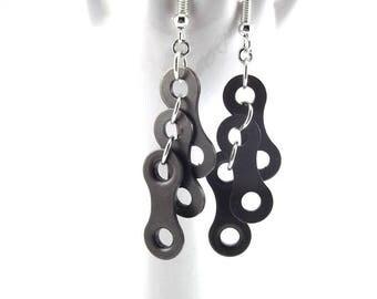 """Earrings """"Ashley"""" cascade of bike chain links"""