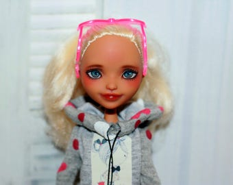 OOAK Nina Thumbell  Ever After High doll repaint custom
