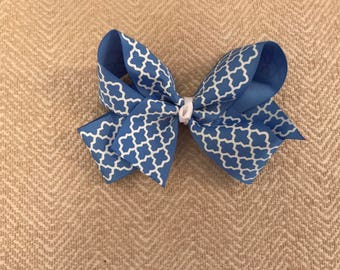 "3 inch Grosgrain Bow ""quatrefoil"" ribbon design"